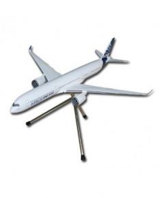 Maquette plastique A350-1000 avec train d'atterrissage couleurs Airbus - 1/200e