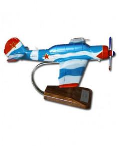 Maquette bois Yak 52