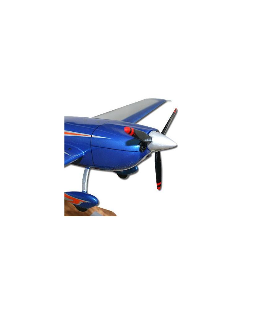 Maquette bois Extra 330SC