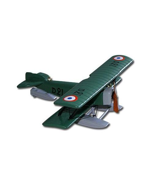 Petit avion bois vert