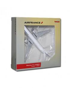 Maquette métal B777-300 ER Air France F-GZNI - 1/500e