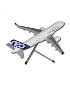 Maquette résine Airbus A320neo livrée prototype - 1/100e