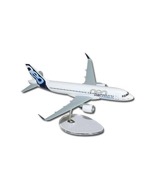 Maquette métal A320neo livrée prototype - 1/200e
