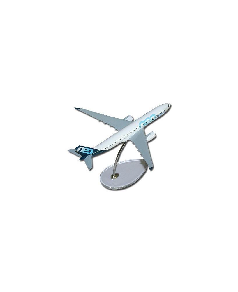 Maquette métal A330neo couleurs Airbus - 1/400e
